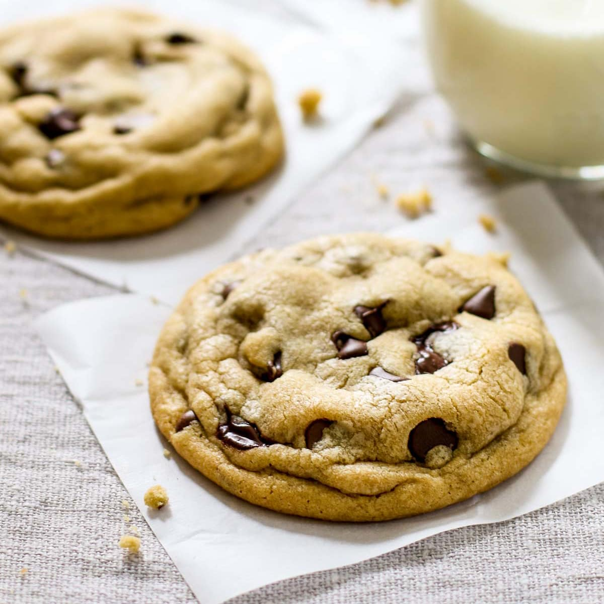 Chocolate-Chip-Cookies-Square